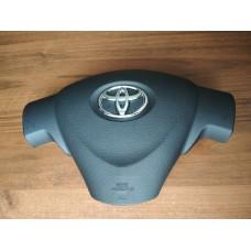 Airbag в руль Toyota Corolla 150 дорестайлинг (крышка, муляж)